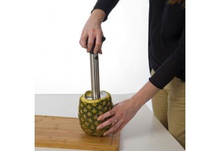 Przyrząd do wycinania ananasów